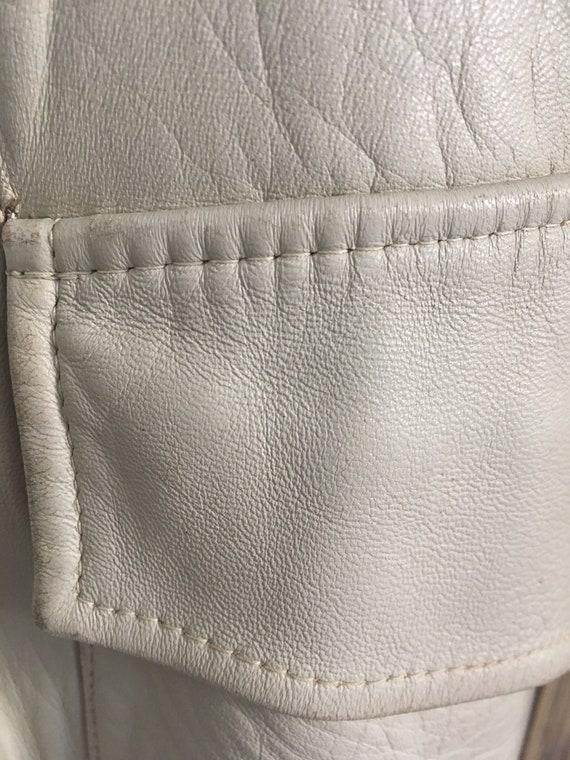 Coat trench leather beige seventies - image 4