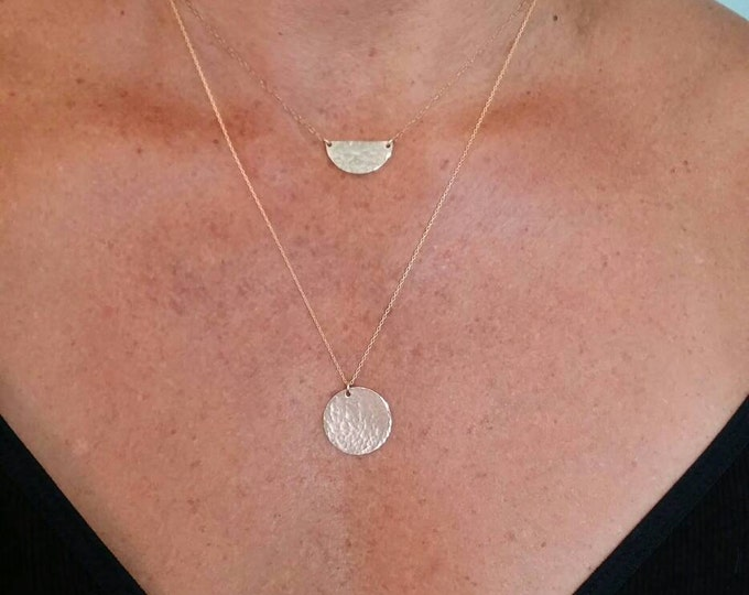 Medium Gold Circle necklace, hammered Circle, Medium Circle, layering necklace, gold fill, small gold necklace, small charm necklace
