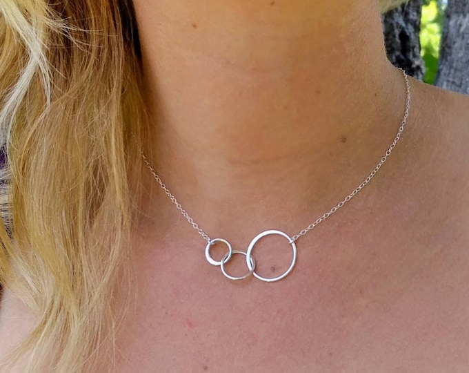Infinity Circles necklace, Three Circles, Gold, or, Sterling Silver, tiny necklace, Dainty, Infinity Necklace, Everday necklace