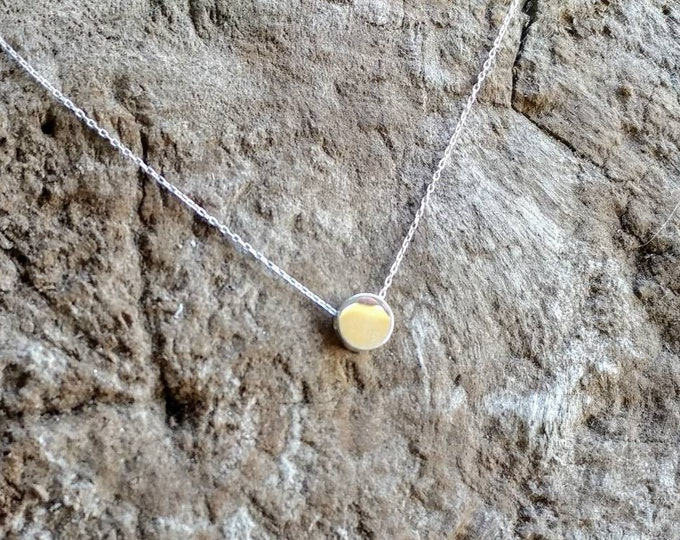 Tiny Silver necklace, Dot, Tiny Circle, Sterling Silver, tiny necklace, tiny charm necklace, Dainty, Tiny Silver Necklace, Everday necklace