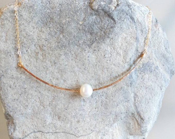Freshwater Pearl Choker, Gold Fill, Sterling Silver, Hammered Bar, Pearl Necklace, Dainty Choker, Pearl Choker, Dressy Necklace, Dainty