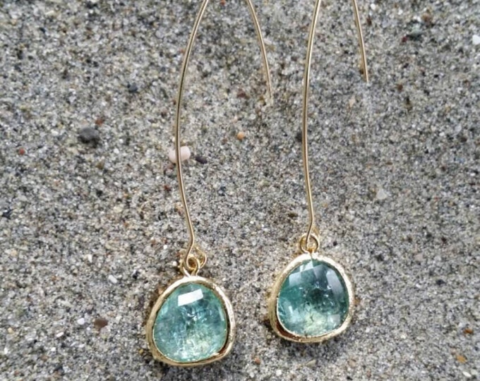Bezel Set, Drop Earring, Faceted Crackled Glass, Gold Filled Ear Wire, Erinite
