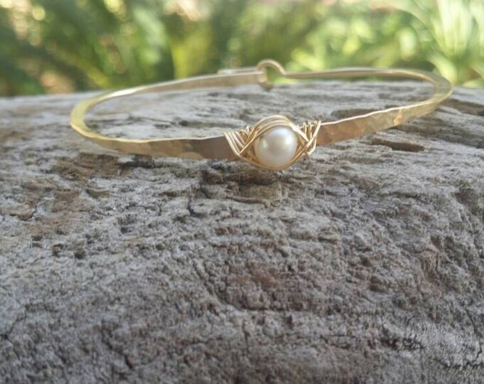 Gemstone Bracelet, Pearl, Stacking Bangle, Sterling Silver, or, 16K Gold Fill, Hammered bangle, Gold Bangle, Silver Bangle, Rose Gold