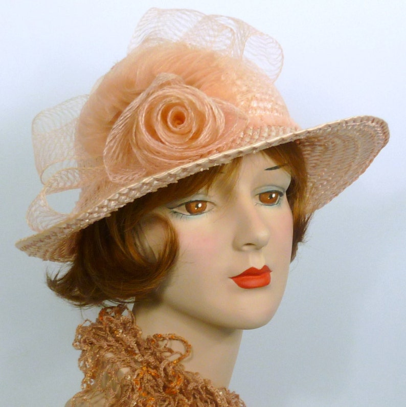 Vintage Woven Straw -Wedding- Church- Special Occasion Bow Sun Hat Hand Made Crin Rose Light Pink Straw /& Crin Hat and Cascading Fan