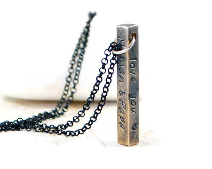 collier barre verticale collier pour homme personnalis. Black Bedroom Furniture Sets. Home Design Ideas