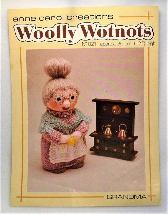 ORIGINAL Dolls Knitting Pattern Woolly  Wotnots No022 Doll the CLOWN