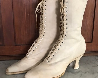 163d0f90e1 Antique Victorian Ivory Canvas Lace-up Boots Quality Queen