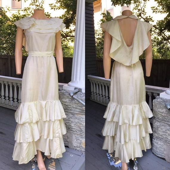 1930's Ruffled Open Back Wedding Dress sz M