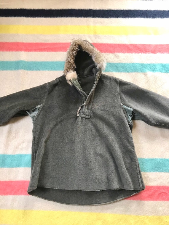 Rare 1940's WW2 Pull-over Parka Fur Lined Hood 19… - image 1