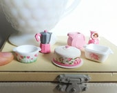 Dollhouse Miniature Kitchen Casserole, coffee pot, expresso, pitcher, pink, cake carrier cover