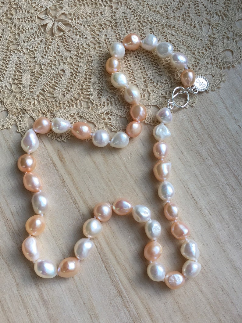 20\u201d Necklace Of Large Pink And White Freshwater Baroque Pearls