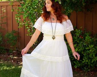 Vintage 70s Bohemian Hippie Wedding Maxi Dress