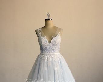 f6c3e3a2bb8 Romantic deep v neckline vintage lace wedding dress