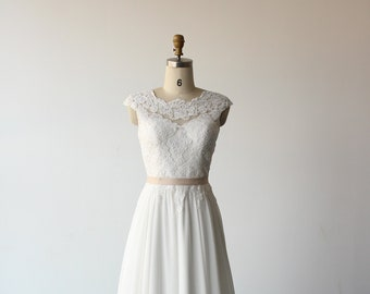 High fashion ivory A-line chiffon lace wedding dress,boho wedding gown,bohemian bridal gown,simple dress with scallop open back