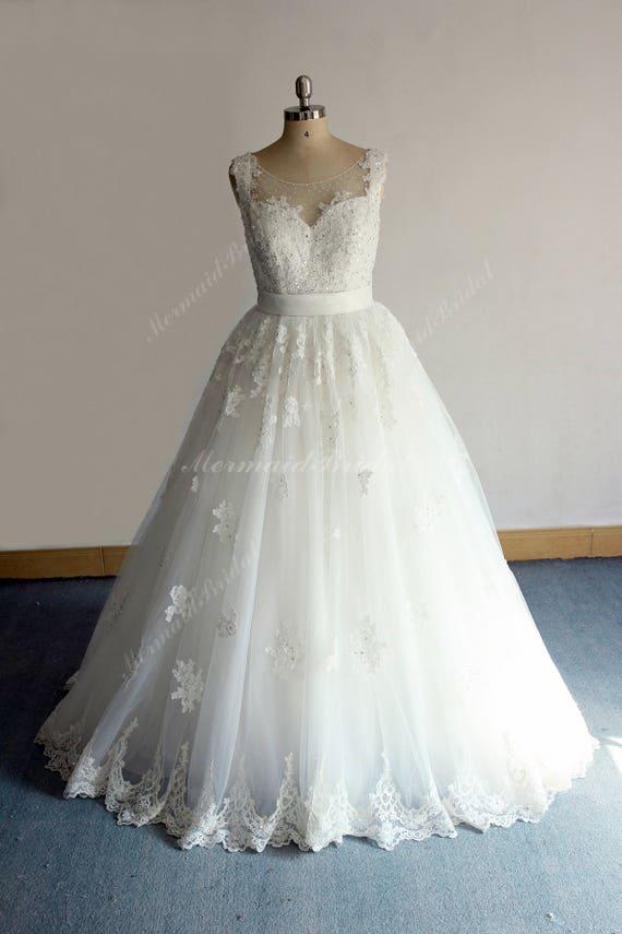 Ivory Vintage Lace Tulle Wedding Dress Keyhole Back Wedding | Etsy