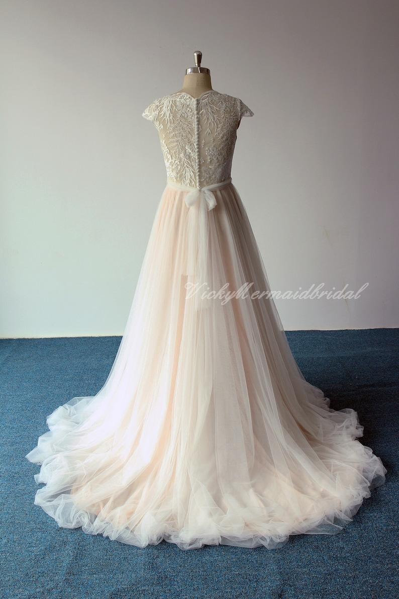 Romantic Bohemian Wedding Dresses.Romantic Bohemian Wedding Dress Scallop Neckline Blush Wedding Dress High Fashion Lace Weddin Dress With Capsleeves