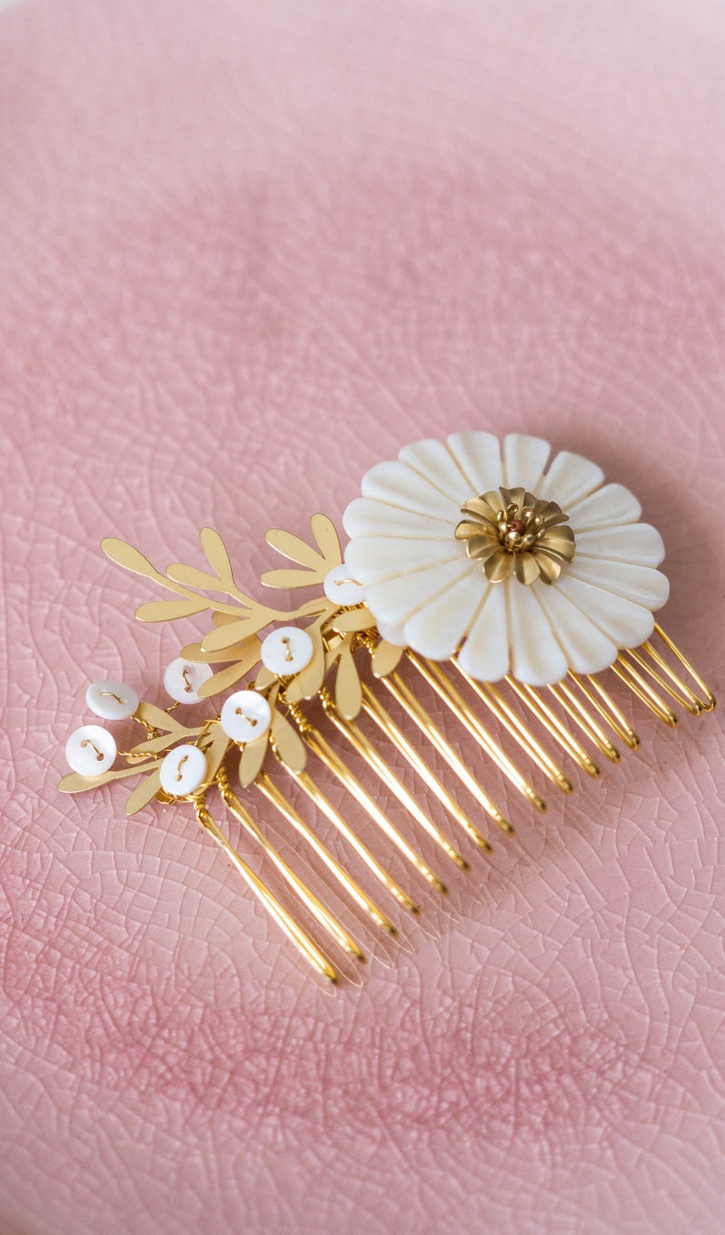Bridal hair comb bridesmaids hairdressing accessories image 0