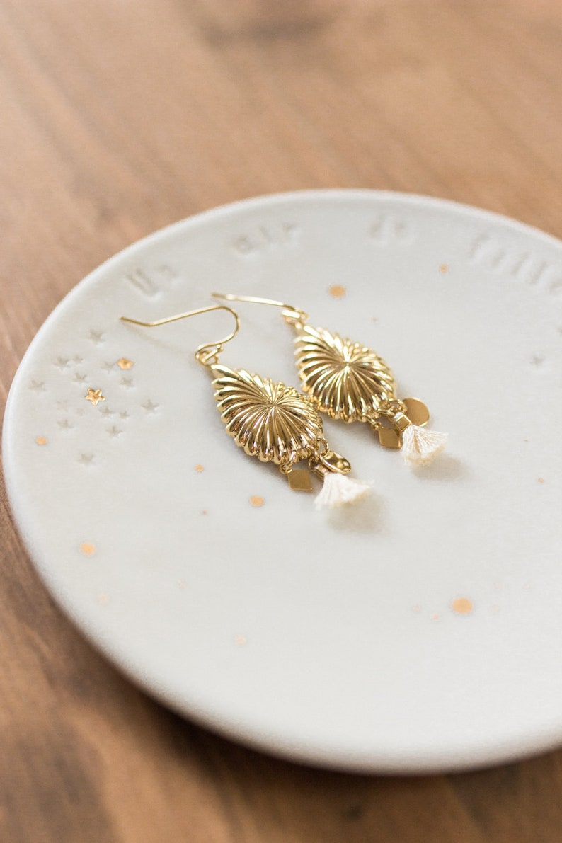 Golden drop earrings with fine gold image 0