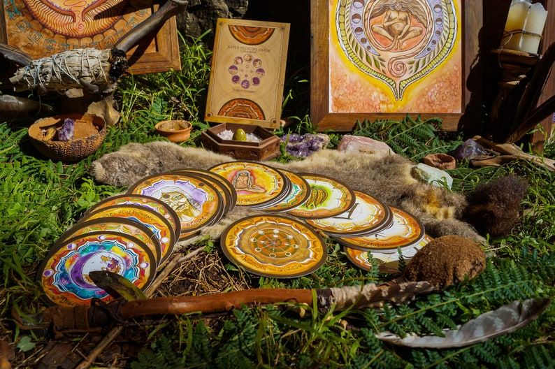 Weaving the Cycles. Earth Medicine Cards. Southern Hemisphere. image 0