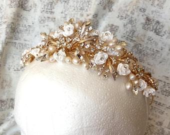 Gold wedding tiara, pearl wedding tiara, gold bridal tiara, gold bridal crown, gold bridal headpiece, wedding tiara, pearl tiara