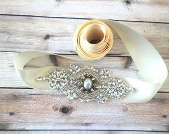 Bridal Belt, Wedding Sash Ivory, crystal bridal belt, Pearl wedding sash, Ivory wedding belt, wedding dress sash, Ivory sash belt