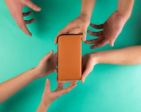 Orange Peel Color - Leather Case - for Google Pixel - Purse Zip Closure
