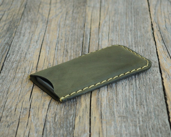 Custom Personalization and  Monogramming iPhone 5s 5c 5 SE case sleeve. Hand sewing waxed genuine green leather cover. Rough style cover