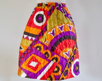 Vintage 60s 70s Abstract Pop Art Graphic Pattern Quilted Aline Mini Skirt