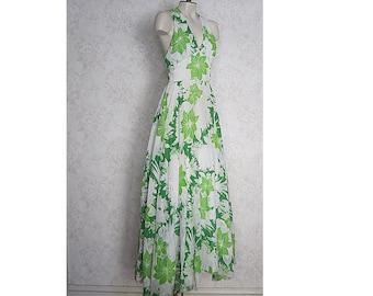 bbc958f9797 Vintage Maxi Dress   1970s Halter Dress    60s  70s Full Sweep Vintage  Floral Dress