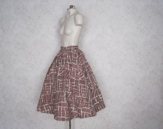 1950s Full Cotton Circle Skirt / Vintage Hawaiian… - image 1