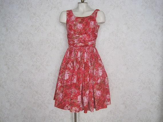 Vintage Floral Cotton Sundress / '50s '60s Fit & F