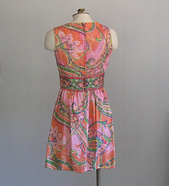 Vintage 1960s Paisley Mini Dress / Psychedellic F… - image 3