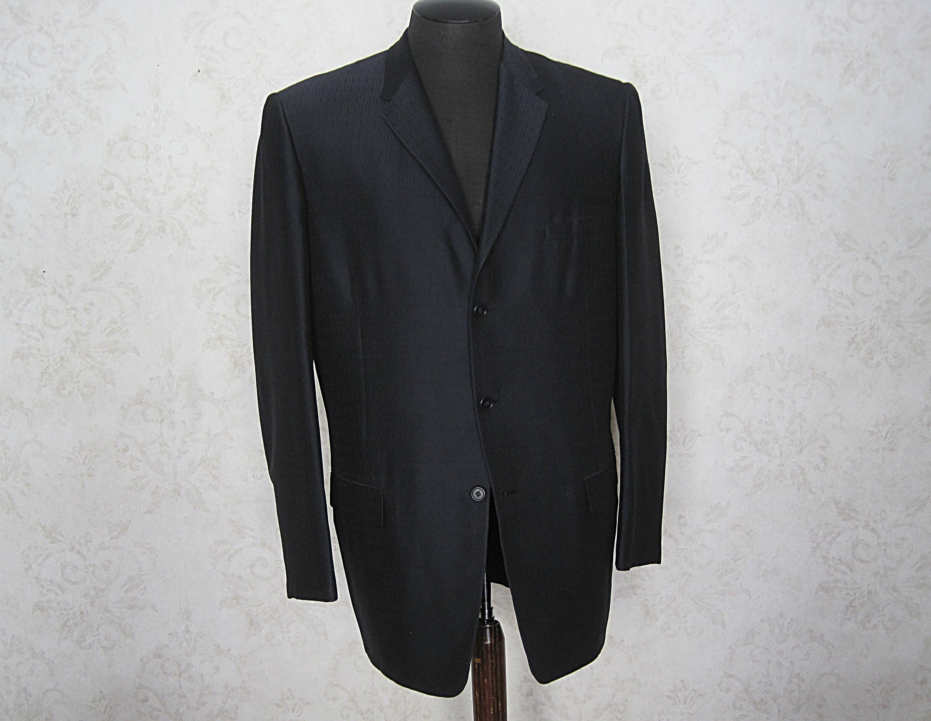 1950s Mens Suits & Sport Coats | 50s Suits & Blazers Vintage 60S Sport CoatTrojan Of Hollywood 1950S 1960S Mens Three Button Suit Jacket Blazer Sportcoat $28.25 AT vintagedancer.com