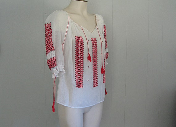 Vintage Romanian Peasant Blouse / White Red and B… - image 5