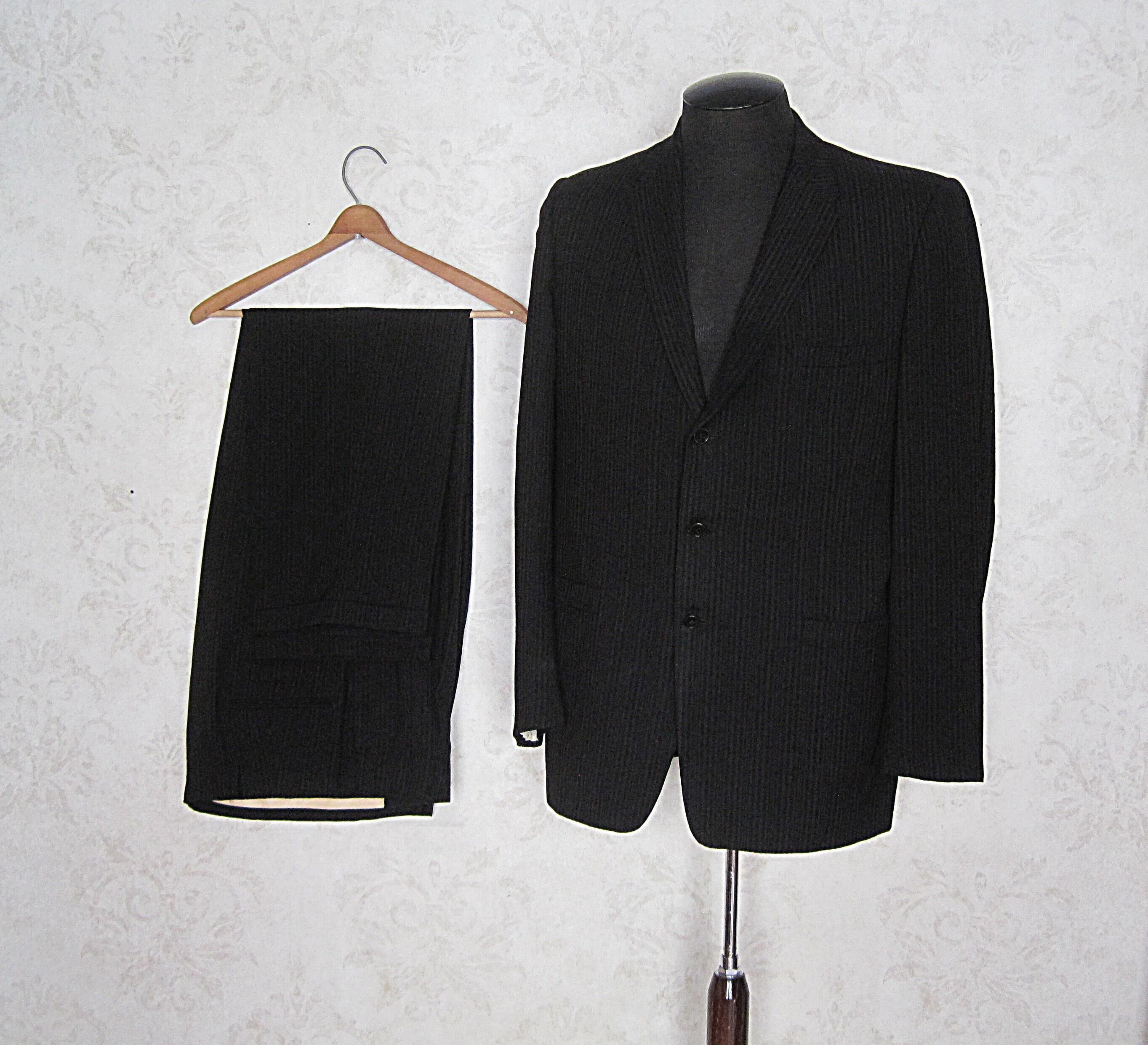 1960s – 70s Men's Ties | Skinny Ties, Slim Ties 1960S Vintage Pinstripe SuitHammonton Park Mens 50S 60S Three Button Pin Stripe 44 X 34 $188.00 AT vintagedancer.com