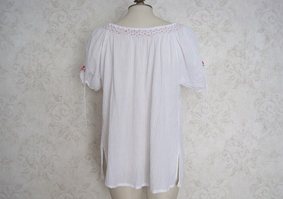 Vintage Hungarian Peasant Blouse / Embroidered Wh… - image 4