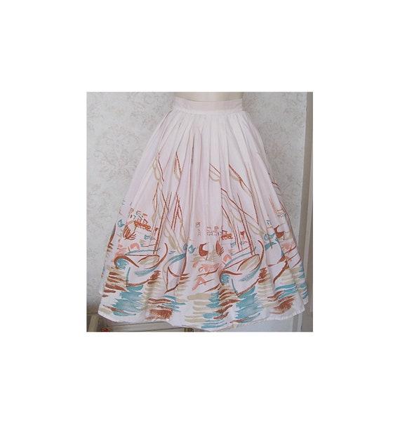 Vintage Novelty Print Skirt / Full 1950s Cotton N… - image 1