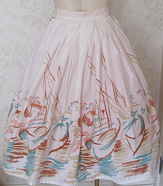 Vintage Novelty Print Skirt / Full 1950s Cotton N… - image 4