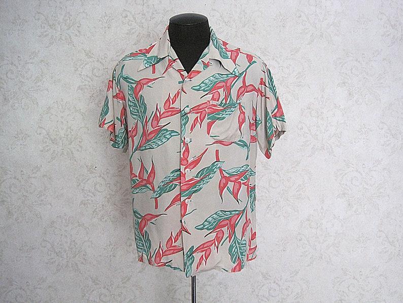 d7159af5 Vintage Hawaiian Shirt / 1940s Rayon Shirt / Loop Collar Made | Etsy