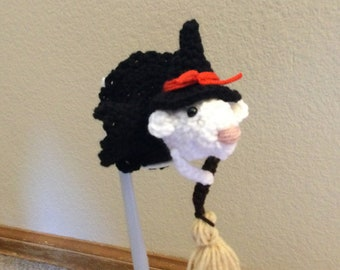 Adorable Crochet Witch Mouse for Halloween Fun Decor