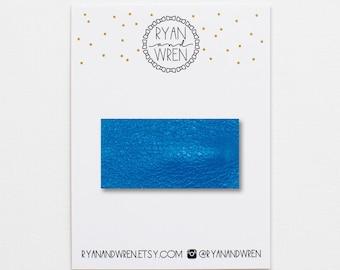 Sky blue leather snap clip
