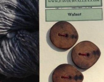 Round Walnut buttons - set of six