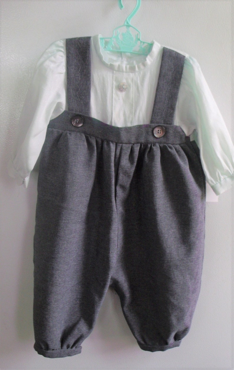 Length 22 Never Used Perfect Condition Sold As Is Store Stock AMISH Boys Green /& Gray  Rompers Chest 20 AUTHENTIC  NEW Handmade