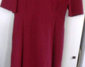 AUTHENTIC  NEW, Handmade by Amish, AMISH Ladies Wine  Dress  40 Bust,  32 Waist,   52  Length ,