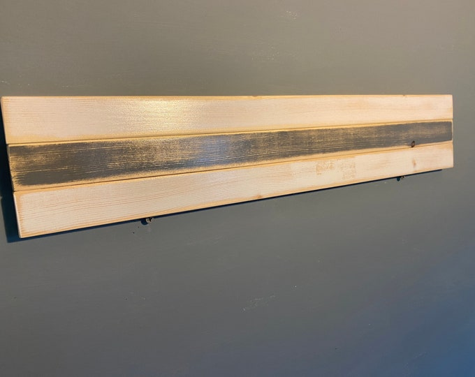 """Single-Run Distressed White and Gray 24"""" rack"""