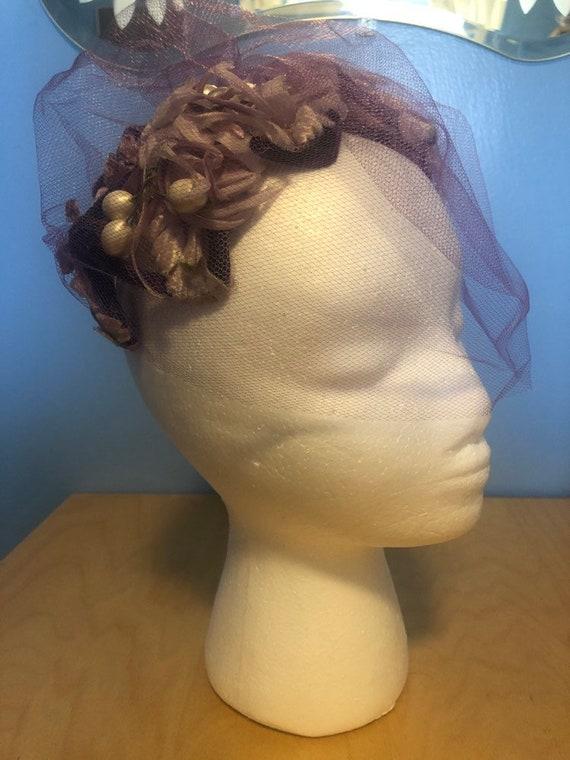 Vintage purple women's hat/fascinator