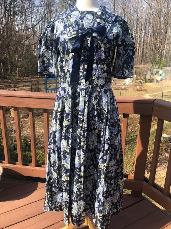 LAURA ASHLEY vintage Floral dress