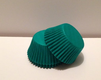 50 count - Grease Resistant Green standard size cupcake liners/baking cups