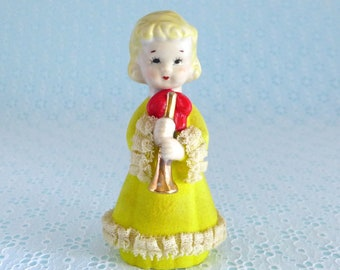 ADORABLE GIRL IN YELLOW RAIN COAT RED BOOTS W// CATS UMBRELLA PORCELAIN FIGURINE