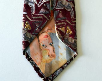 """Vintage PEEK-A-BOO Pinup Novelty Tie Necktie Red/Silver/Gold """"Horse and Rider"""" Brocade Silk Short and Slim"""
